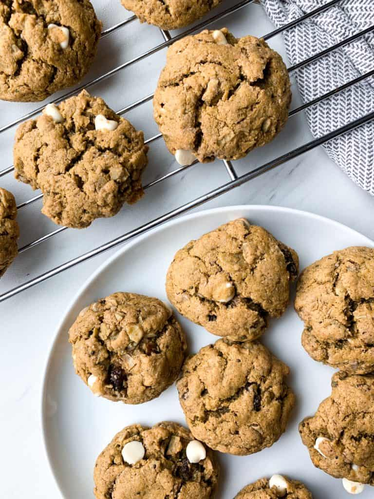 white chocolate pistachio oatmeal cookies