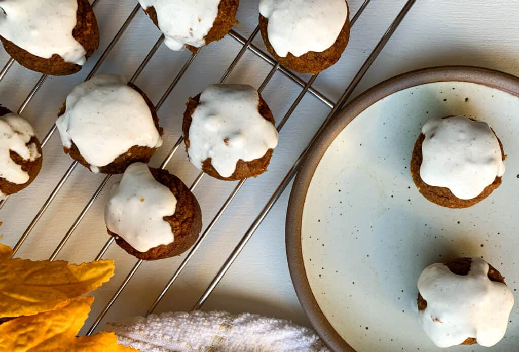 vegan frosted pumpkin mini muffins