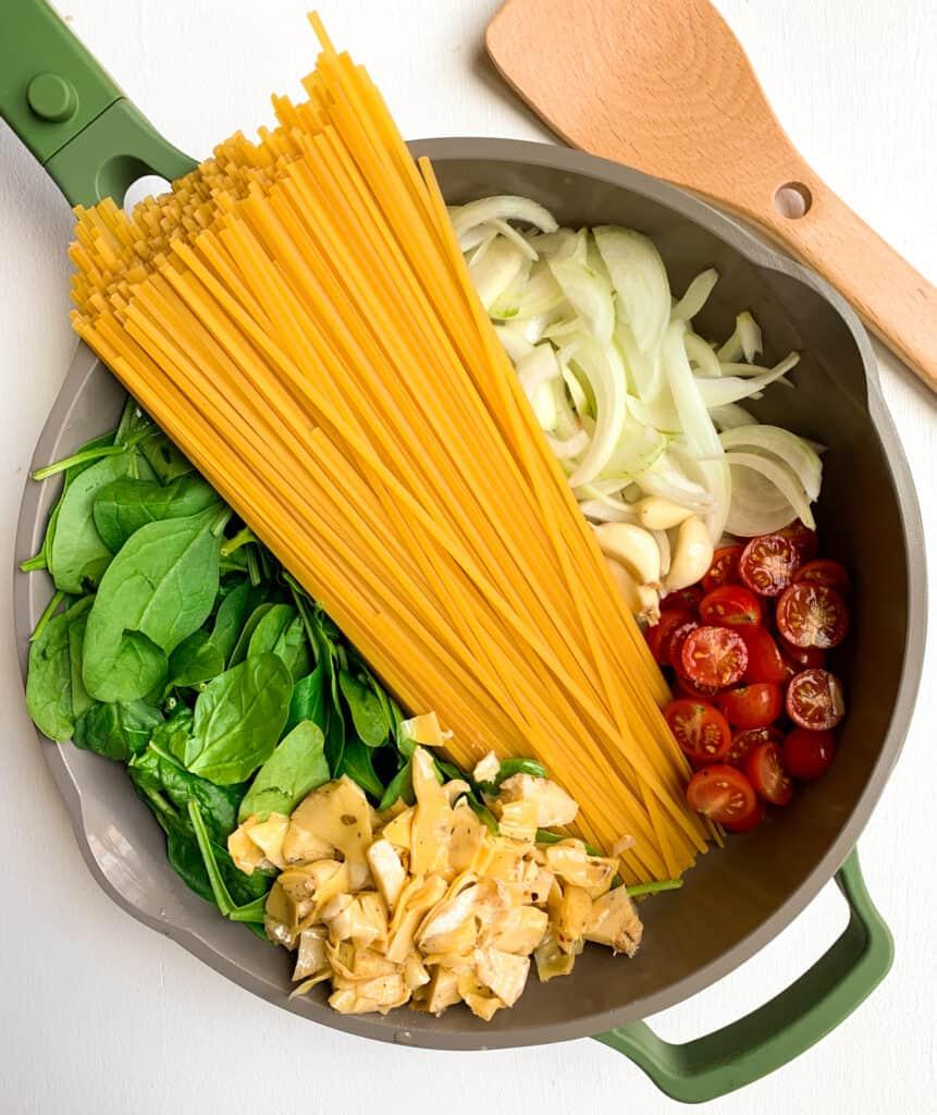 one pan spinach artichoke pasta