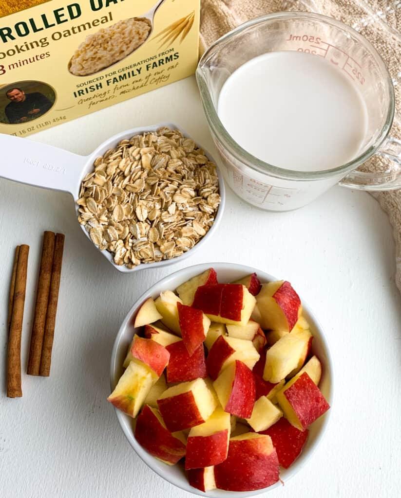 creamy stovetop cinnamon apple oatmeal